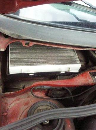 Вставляем новый салонный фильтр Volkswagen Passat B4