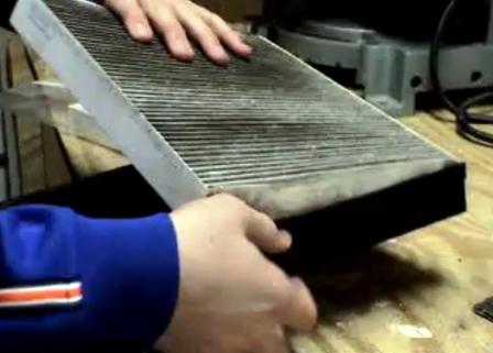 меняем салонный фильтр в каркасе Honda Accord VII