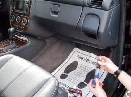 Залезаем под бардачок Mercedes Benz ML350 w164