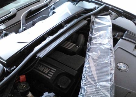 Открываем капот BMW E90