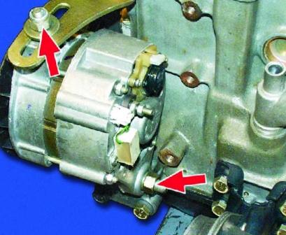 Затягиваем гайки генератора ВАЗ 2108, 2109, 21099