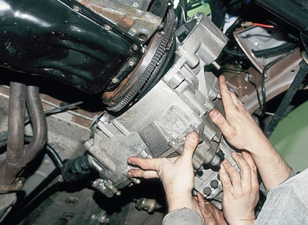 Снимаем коробку передач ВАЗ 2110, 2111, 2112