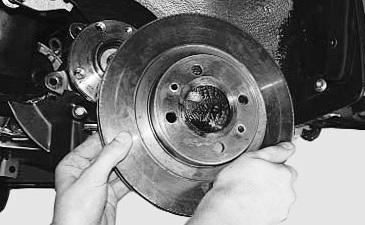 Снимаем тормозной диск Лада Калина