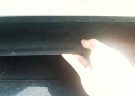 Снимаем полку в бардачке Lexus GSIII