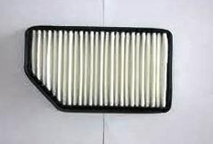 Снятие и замена воздушного фильтра в двигателе Hyundai Solaris