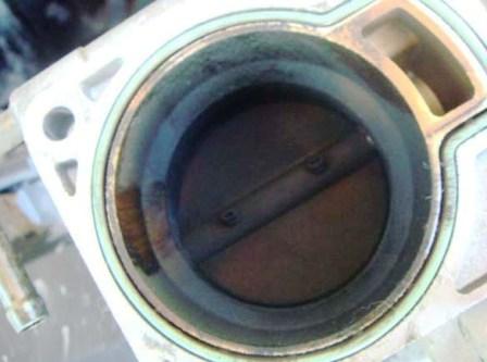 Дроссельная заслонка до чистки Ford Focus 2