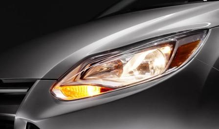 Снятие и замена передней фары Ford Focus 3