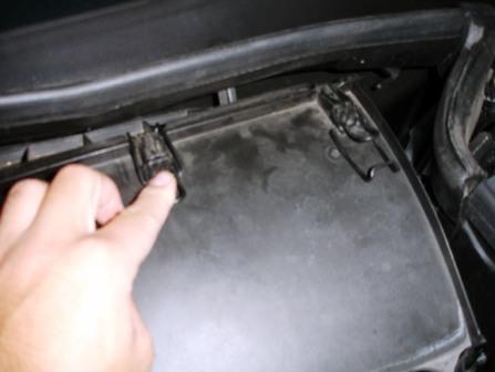 Закрываем крышку Mercedes-Benz C230 W203
