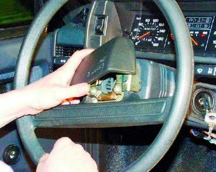 Снимаем накладку на руле ВАЗ 2108, 2109, 21099