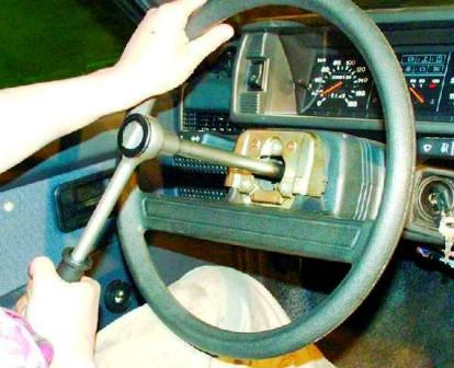 Откручиваем гайку на руле не до конца ВАЗ 2108, 2109, 21099