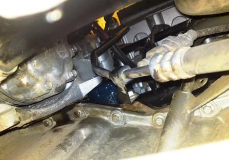 Расположение масляного фильтра Renault Duster