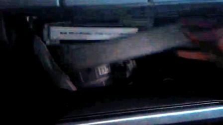 Снимаем крышку салонного фильтра Toyota Corolla 300N/MC