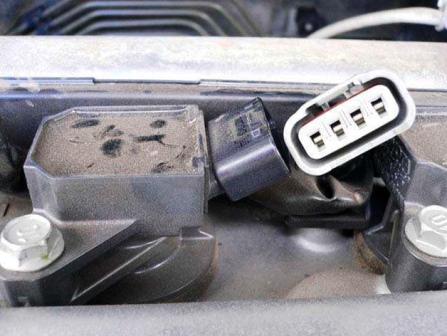 Снятый разъем Toyota Corolla E12 1.6