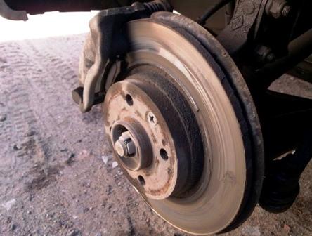 Старый тормозной диск Renault Sandero