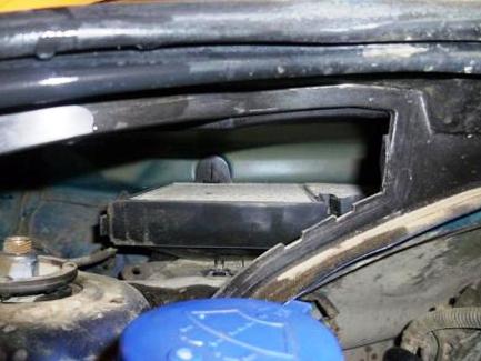Меняем салонный фильтр Peugeot 207