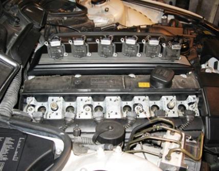 Снимаем катушки зажигания BMW 328i E36