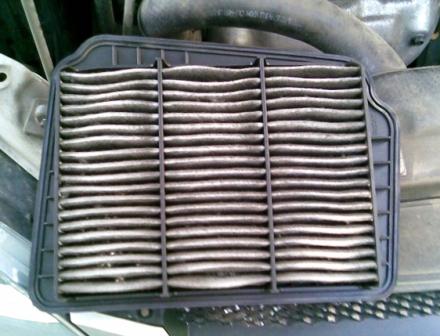 Состояние старого воздушного фильтра Chevrolet Lacetti