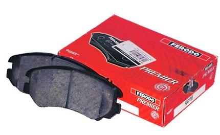 Снятие и замена передних тормозных колодок на Mazda 3