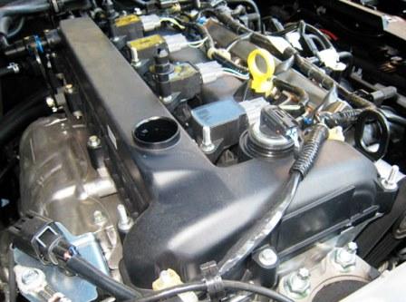 Снимаем крышку Mazda 3 2.0