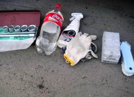 Набор необходимых инструментов для замены колодок Nissan Almera Classic