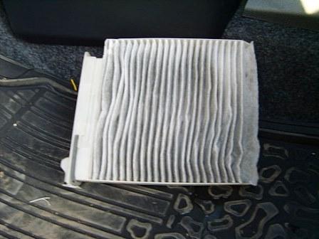 Снятие и замена салонного фильтра на Nissan Note