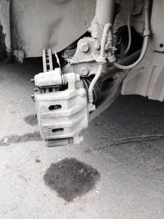 Выворачиваем колесо наружу на Mitsubishi Outlander XL