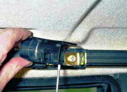 Откручиваем ручки ВАЗ 2114