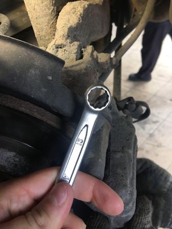 Ключ для откручивания суппорта Audi A4 b6