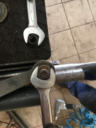 Необходимые ключи для снятия стоек стабилизатора Chevrolet Aveo T300