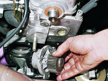 Замена помпы ВАЗ 2110, 2111, 2112 на 8 клапанов