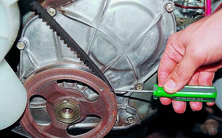 Установка зажигания на автомобилях ВАЗ 2107 (карбюратор и инжектор) своими руками