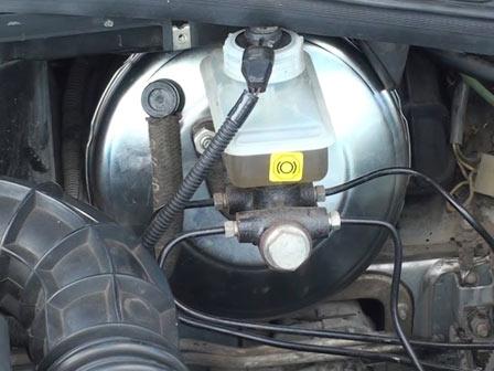 Замена вакуумного усилителя ВАЗ 2110, 2111, 2112