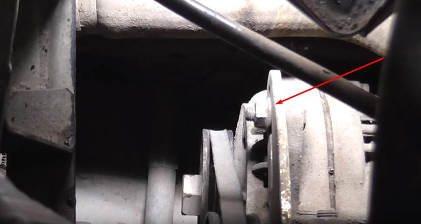 Снятие приводного ремня ВАЗ 2107 своими руками