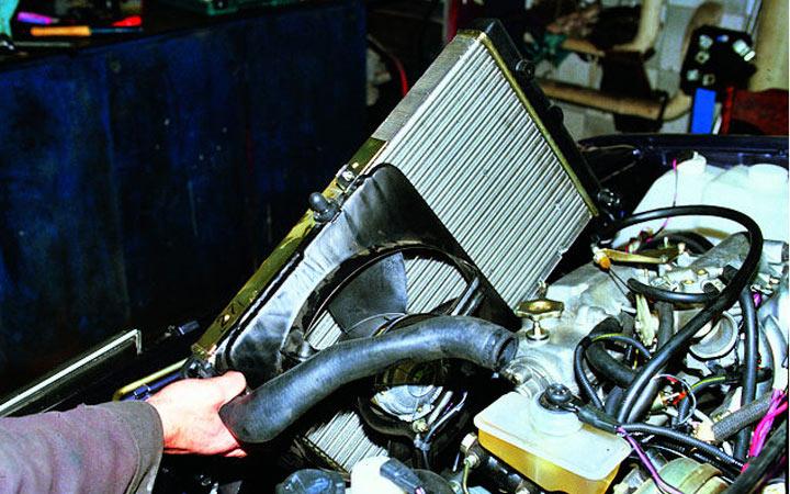 Замена радиатора на ВАЗ 2113, 2114, 2115 своими руками