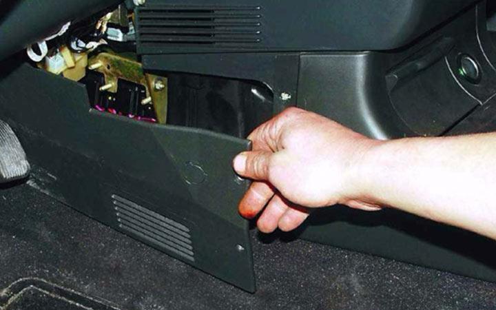 Как заменить прикуриватель на ВАЗ 2110, 2111, 2112 своими руками
