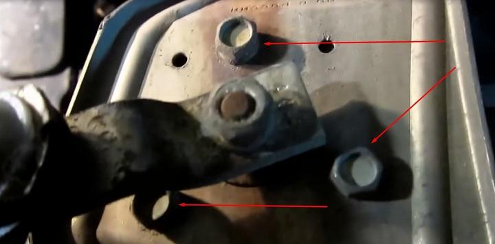 Болты крепления моторчика трапеции дворников ВАЗ 2110, 2111, 2112
