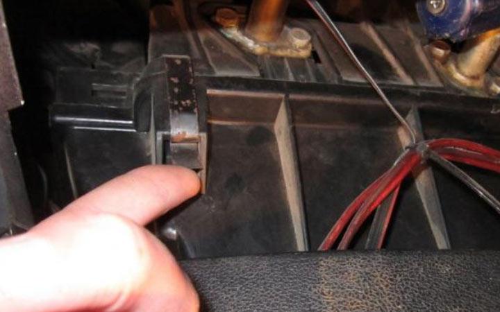 Демонтаж вентилятора печки ВАЗ 2107 своими руками (инструкция)