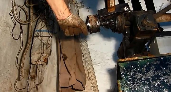 Наружная и внутренняя граната ВАЗ 2110, 2111, 2112 замена своими руками