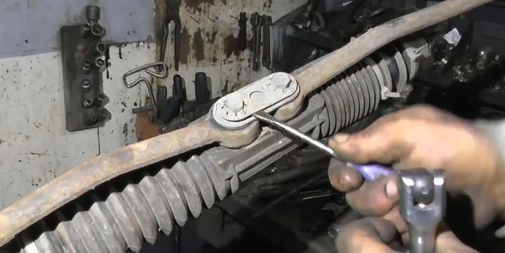 Обслуживание рулевой рейки ВАЗ 2110