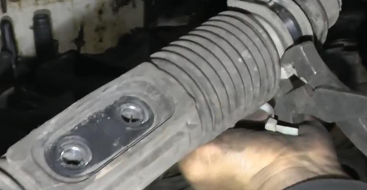 Замена пыльника рулевой рейки ВАЗ 2110