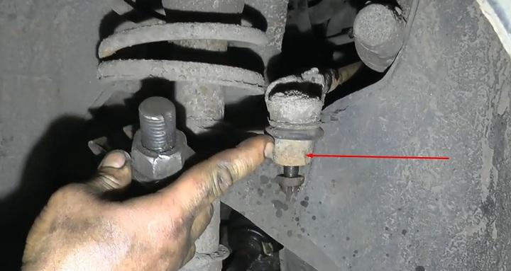 Самостоятельная замена рулевой рейки ВАЗ 2110