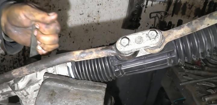 Регулировка рулевой рейки ВАЗ 2110