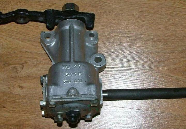 Как заменить рулевой редуктор ВАЗ 2107 своими руками