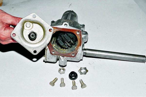 Ремонт и замена рулевого редуктора ВАЗ 2107