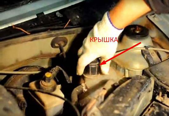 Замена термостата Renault Logan как слить натифриз