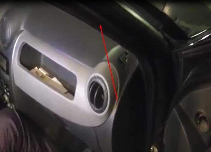 Снятие вентилятора печки Renault Logan