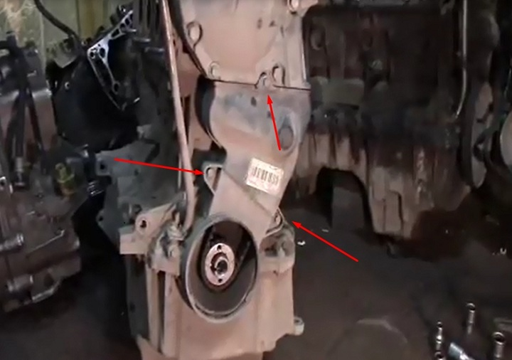 Инструкция по замене ремня ГРМ Рено Логан