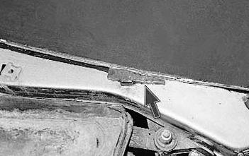 Снимаем 2 регулятора лобового стекла Лада Приора