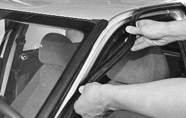 Замена лобового стекло шкода своими руками