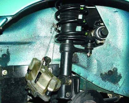 Снимаем передний суппорт ВАЗ 2110, 2111, 2112